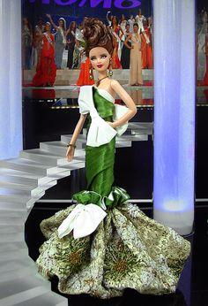 Miss Tajikistan Nilufar Sherzod wins Miss United Nations USA ...