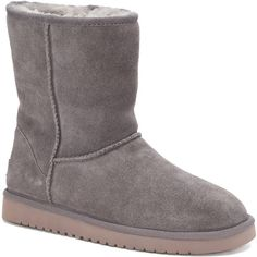 Koolaburra by UGG Classic Short Women's Winter Boots ($75) ❤ liked on Polyvore featuring shoes, boots, ankle booties, purple oth, short winter boots, purple boots, slip on ankle boots, bootie boots and round toe ankle booties