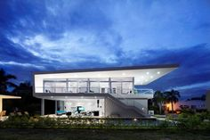 GM1 House by Giovanni Moreno Architects