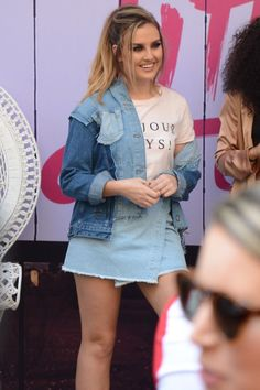 I adore Perrie's smile ❤❤❤