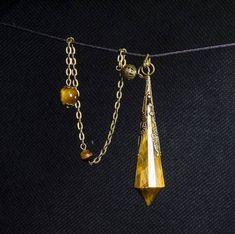 AAAAA Tiger's Eye Crystal Pendulum
