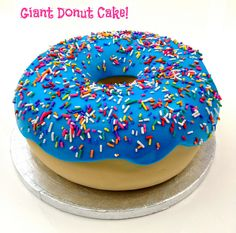 Giant Donut Cake | Flickr: Intercambio de fotos