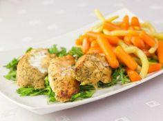 Kurczak w jogurtowej marynacie Kaloryczność: 226 kcal Białko: 25 g Tłuszcz: 6 g Węglowodany: 18 g przepis: http://www.eksmagazyn.pl/zdrowie-i-uroda/ekstra-kuchnia/kurczak-w-jogurtowej-marynacie/ #przepis #dieta #odchudzanie