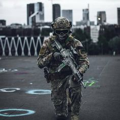 Via @kevinvalkenklau #militaryfanatics01 #military #soldier #army #tactical #weapon #specialforces #navy #airforce #usa #russia #germany #china #rifpe #gun #precision #shooting #camouflage #militarylife #usmc #navyseals #spetsnaz