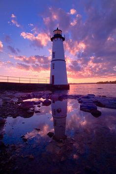 Rock Island Lighthouse by Bruce Parker, via 500px