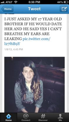 I'M DYING! << My 10 year old brother says she's ugly but he got that it's Niall lmaooo I've taught him so well.