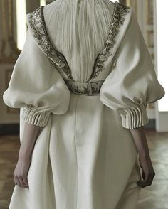 Alexander McQueen - could be elastic under the cordien pleat at cuff