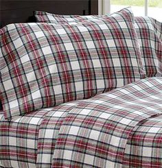 Boasting an iconic multi-colored plaid reminiscent of a classic Scottish tartan, our woven sheets are handsome, warm, and yarn dyed so the color is sure to last.