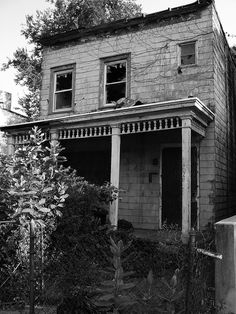 Haunted House   old house in Woodlawn, Bronx, NY