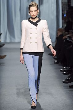 chanel spring 2011 coutureI'm gona DIY a pair of those BLUE/BLACK BUTTON LEGED PANTS! They're fockin awesome!!!!!!!!