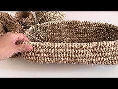 Bu modele bayılacaksınız. Yeni Model Hazır taban üzerine Omuz Çantası Yapımı #elemeğim #portföyçanta - YouTube Wicker Baskets, Straw Bag, Purses, Crochet, Home Decor, Crochet Purses, Hampers, Handbags, Decoration Home