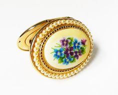 Gold Locket Floral Locket With Chain Avon by PrettyShinyThings4U
