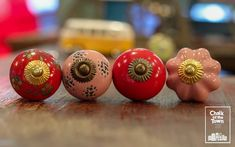 Chalk Of The Town® - Vintage Πόμολα Ceramic Knobs, Vintage Ceramic, Red And Pink, Ceramics, Home Decor, Ceramica, Pottery, Decoration Home, Room Decor