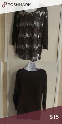 Espresso Maternity Chevron Sequins Black Silver Gorgeous maternity top from Espresso, in perfect condition. Size medium but it is very stretchy, so it should also fit a large.   Smoke free home. I will gladly bundle items to give you a discount (the more you buy, the cheaper I can let everything go!). Many items can be added on for only $1. espresso  Tops Blouses