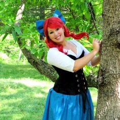 Ariel Cosplay - SHe even used a Damsel