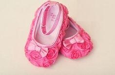 Rosette shoes.. cute cute cute!
