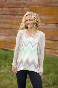 Chevron Tank in Mint – Ivory Gem