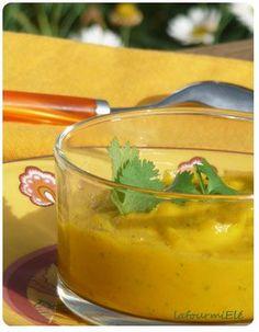 Soupe carottes patate douce et lait de coco