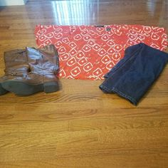 Bright orange never worn poncho! Ladies this light weight bright orange poncho top is great for the spring and summer. I didn't get a chance to wear it but great to pair with summer shorts and sandals. Please contact me for details! the limited/ outback red Tops