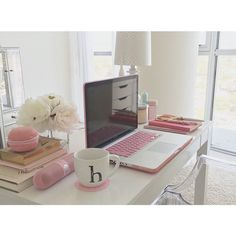 Image via We Heart It https://weheartit.com/entry/143485102 #cute #decor #design #heart #ideas #inspiration #macbook #pink #room #roomdecor #youtube #youtuber #thatsheart #heartdefensor