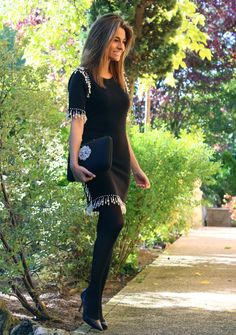 Pantyhose Outfits, Tights Outfit, Winter Office Wear, Dress With Stockings, Pantyhosed Legs, Social Dresses, Perfect Legs, Female Portrait, Mode Style