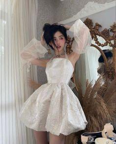 Girls Dresses, Flower Girl Dresses, Victorian, Wedding Dresses, Money, Fashion, Dresses Of Girls, Bride Dresses, Moda