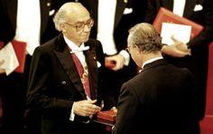 Resultado de imagem para josé saramago premio nobel de literatura 1998