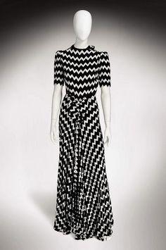 1930's Black, White & Zigzag