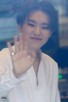 i love hoshi sunshine so much Seventeen Wonwoo, Seventeen Debut, Woozi, Jeonghan, All Pop, Choi Hansol, Adore U, Team Leader, Pledis Entertainment