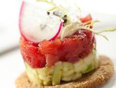 Tatar z tuńczyka i awokado | Blog kulinarny - oryginalne przepisy oraz porady kulinarne