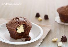 Il tortino al cioccolato con cuore bianco al Baileys è un delizioso dolce mono-porzione molto goloso e facile da preparare