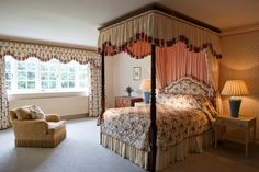 Blanefield House, Ayrshire, Scotland- 4 poster bed- available for exclusive use!