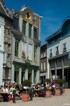 Attractive Ghent http://www.travelandtransitions.com/european-travel/