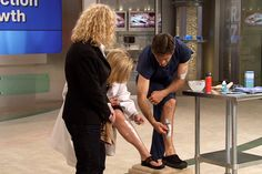 Razor Burn Remedies Dr. Oz shows off his technique and lets you in on a few tips and tricks, including home remedies, to help you beat the burn.
