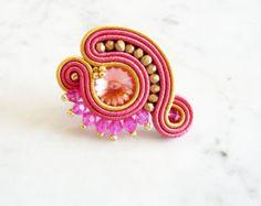 Soutache Ring Handmade Ring Hand Embroidered Ring by LaviBijoux Handmade Rings, Handmade Bracelets, Earrings Handmade, Handmade Jewelry, Soutache Necklace, Swarovski Bracelet, Fabric Jewelry, Clay Jewelry, Jewellery