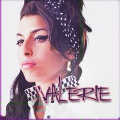 """Esta es la portada del single """"Valerie"""" de Mark Robson en colaboración con esta gran artista. Presenta matices del género  """"Soul"""" y se corresponde con una época alegre de la vida de la artista."""