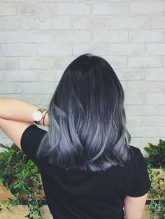 finally got the ash grey ombré hair Ive been dreaming of (> Best Picture For ombre hair brown For Yo Ash Gray Hair Color, Ombre Hair Color, Hair Color Balayage, Cool Hair Color, Hair Highlights, Grey Ombre Hair Short, Ash Blue Hair, Brown Hair, Gray Purple Hair