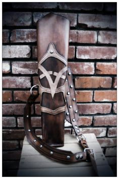 Very nice >> Custom Studded Leather Ranger Archery Quiver