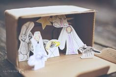 DIY nativity set for the kids by Veronika G Photography