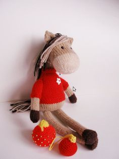 Knitting Pattern Toy Horse : Knit horses on Pinterest Horses, Knitting and Knitting ...