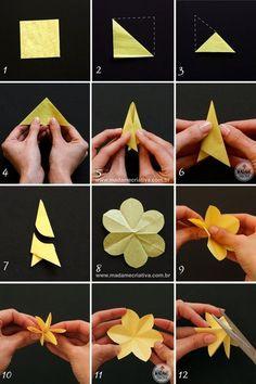 dobrando e colando -- Como fazer Narcisos de papel- Passo a passo com fotos - How to make paper flowers / daffodils - DIY tutorial - Madame Criativa - www.madamecriativa.com.br