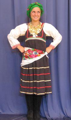 Η παραδοσιακή γυναικεία ενδυμασία του Έμπωνα Ρόδου- The traditional women's Greek folk costume of the island of Rhodes