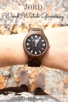 win a $120 gift certificate + free shipping to woodwatches.com http://www.illistyle.com/fashion-2/fall-fashion-jord-wood-watch-giveaway/