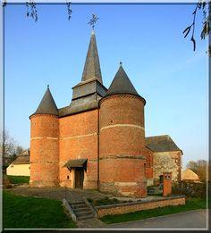 Gronard - Aisne - Thiérache - Quelle puissance ... Cette église est presque aussi forte qu'un château.
