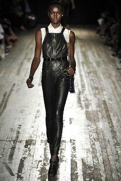 Proenza Schouler Spring 2009 Ready-to-Wear Fashion Show - Ataui Deng