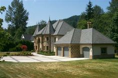 One of 3 in the May Valley area of SE Issaquah. No battlements & towers but they have that feeling of a medievel castle.