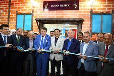 """Keçiören Belediyesi tarafından Türkiye'nin gönül coğrafyasında yer alan 23 ülkenin konuk edildiği 9. Uluslararası Ramazan Etkinlikleri'nde sahne Bosna Hersek'indi. Kalaba Kent Meydanı'nda gerçekleştirilen program öncesinde, Bosna-Hersek ve Çorum Kültür Evlerinin açılışı yapıldı. """"Sınırları aşan kardeşliğin"""" güzel bir"""