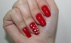 #uñas #rojo #corazones