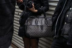 If you're a Goyard fan, what attracts you to the brand? Goyard Luggage, Goyard Handbags, Goyard Bag, Fashion Handbags, Fashion Bags, Ny Fashion, Handbag Accessories, Fashion Accessories, Best Bags