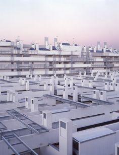 Morphosis Architects / Thom Mayne — Madrid Housing